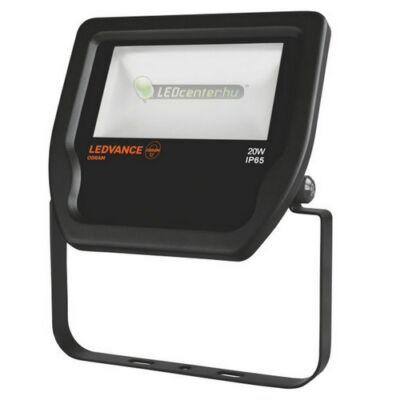 OSRAM© LEDVANCE reflektor 20W/230V 2100 lumen fekete, melegfehér, 3évGar