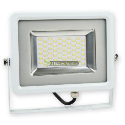 SLIM-30© LED reflektor, fényvető, 30W/230V, melegfehér, 2évGar